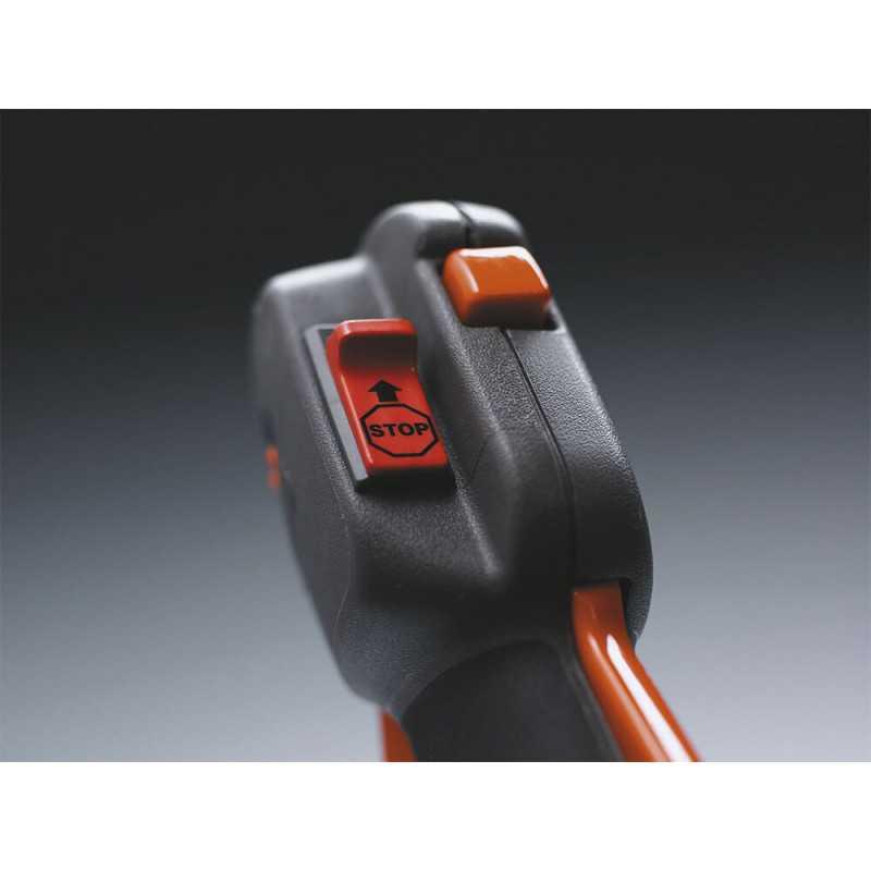 Desbrozadora 28 cc 1.08 HP 128 R Husqvarna 952 7157-58