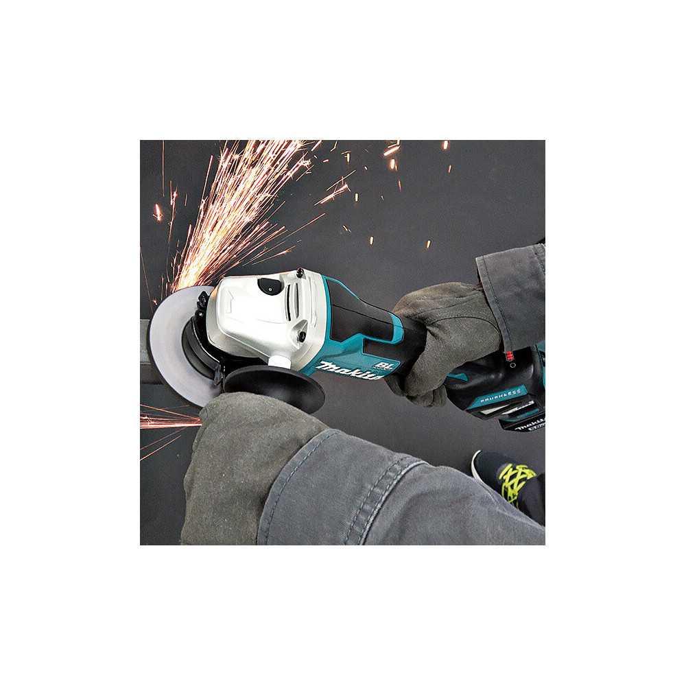 """Esmeril Angular Inalámbrico 4-1/2"""" BL Motor Hombre Muerto con Freno (Sin batería ni cargador) Makita DGA467Z"""