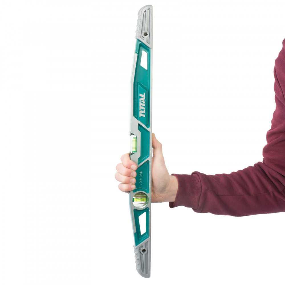 Nivel 60 CM Para Trabajo Pesado Total Tools TMT221606