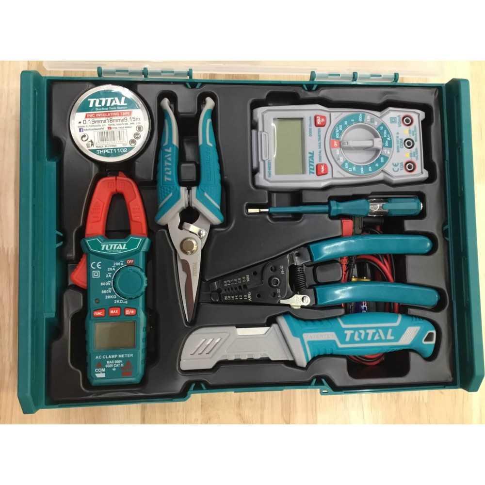 Juego de Herramientas para electricista 7 Piezas. Total Tools THKTV02T071