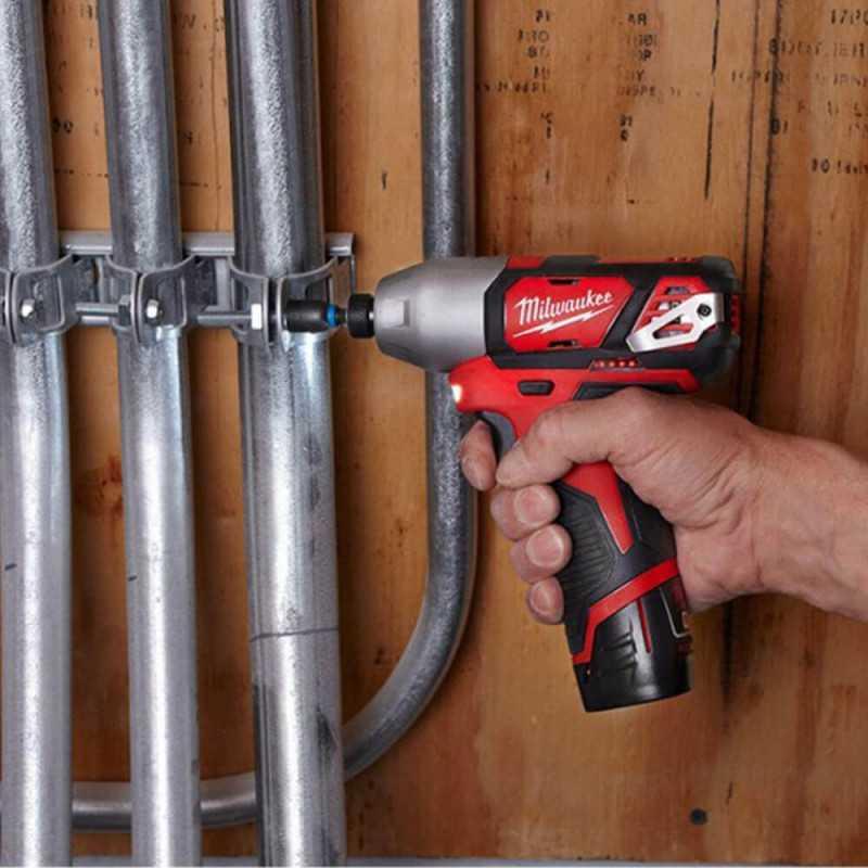 Atornillador de Impacto Inalámbrico M12 Fuel 2 Baterías Milwaukee 2462-259